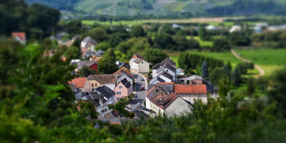 Die rot-grüne Landesregierung NRW fördert Städte und Gemeinden mit 2 Milliarden Euro.