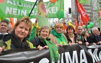 Groß-Demo zum Fukushima-Jahrestag in Gronau im Februar 2012