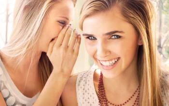Junge Frauen, Mädchen, Lachen