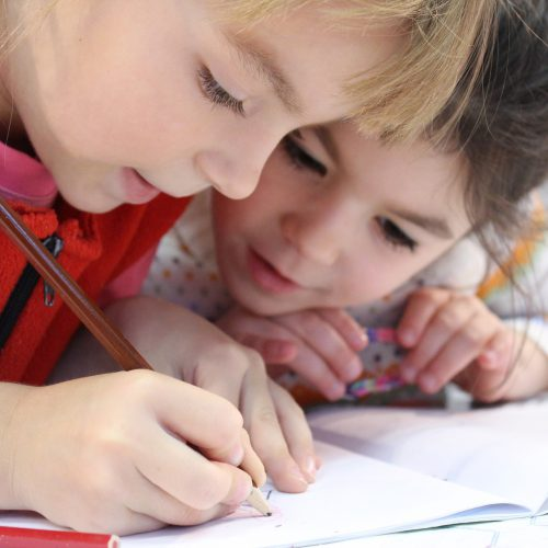 Kinder in der Ganztagsbetreuung
