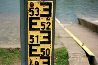 Foto: Hochwasser-Tiefenmesser